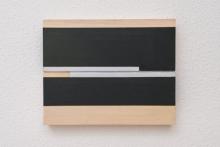 O-68 José Heekens. 2017-X51. Zwartgroen+zilver. olieverf + zilververf op multiplex, 20 x 25 cm. foto Willem Kuijpers