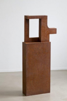 O-68 Helen Vergouwen, 425, cortenstaal, 2012, 60x50x15, sokkel web